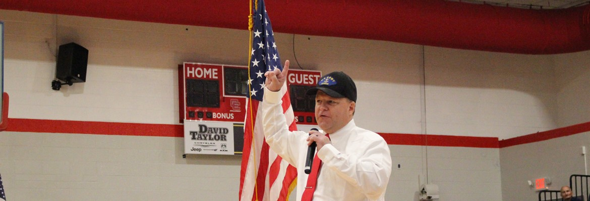 Captain (Ret) David Hadizma was the featured speaker at the annual Veteran's Day Assembly.