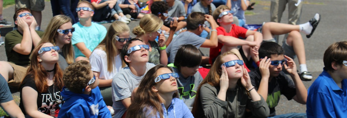 CCMS students viewing the eclipse.